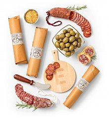 Personalized Keepsake Gifts: Charcuterie and Personalized Tasting Board Gift